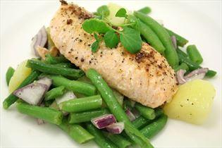 Lachs mit kaltem Kartoffelsalat