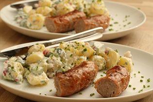 Kartoffelsalat mit Bratwurst