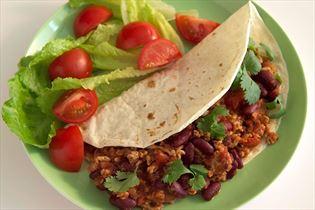 Tortillas mit Chili-Fleischfüllung