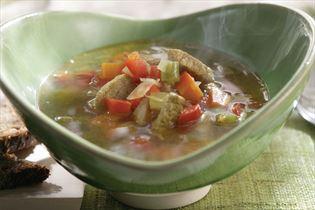 Wokgeschnetzeltes in Currybouillon mit Gemüse