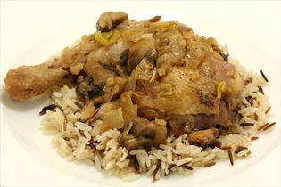 Hähnchen in Weißwein mit Reis