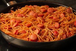 Würstchen-Spaghetti