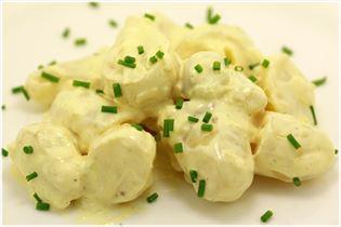 Kalter Kartoffelsalat mit Curry und Senf