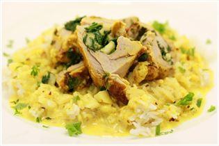 Curry/Chili-Schweinefilet in Sahnesauce mit Reis