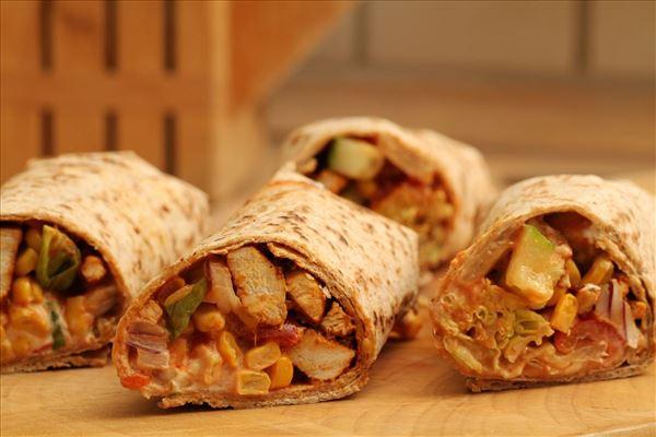 Mexikanische Wraps mit Hähnchen