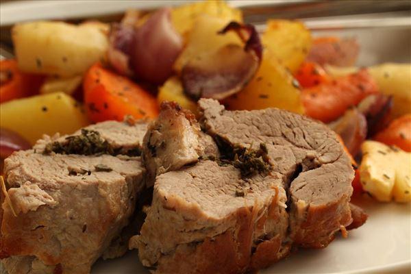 Schweinefilet mit Ofengemüse