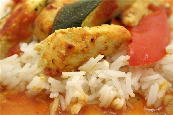 Hähnchen und Ofengemüse