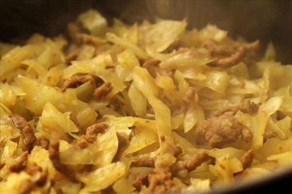 Currykohl mit Hackfleisch