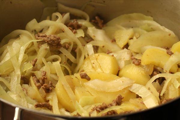 Amager-Topf mit Kohl und Kartoffeln